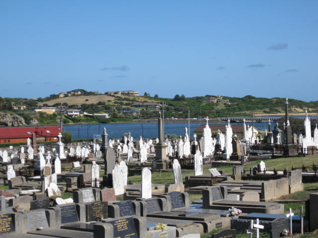 WARRNAMBOOL CEMETERY