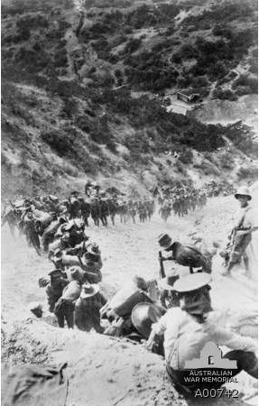21st BATTALION AFTER ARRIVAL AT GALLIPOLI, MARCHING UP MONASH GULLY.  Image courtesy of Australian War Memorial ID No: A000742 http://www.awm.gov.au/collection/A00742/