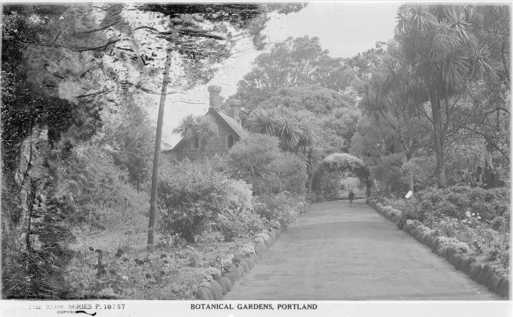 Portland Botanical Gardens Western District Families