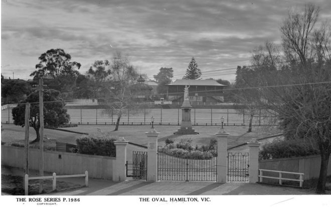 MELVILLE OVAL, HAMILTON. Image Courtesy of the State Library of Victoria. Image No.H32492/2800 http://handle.slv.vic.gov.au/10381/63848