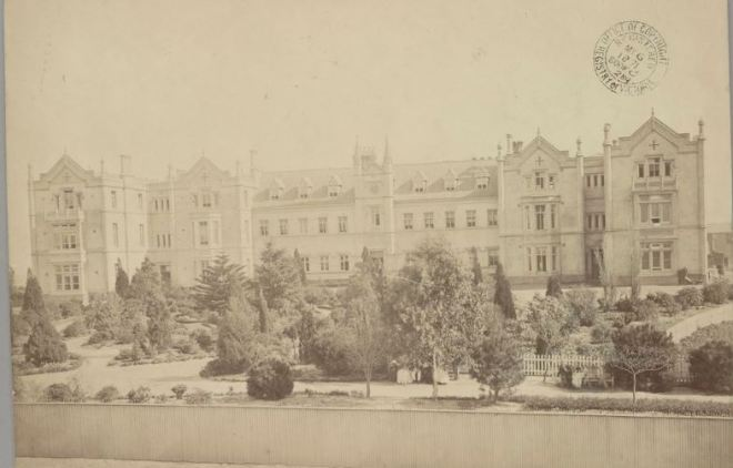 Melbourne Benevolent Asylum (1871) photographer :Charles Nettleton (1826-1902).  Image courtesy of the State Library of Victoria Victorian Patents Office Copyright Collection Image no. H96.160/2724 http://handle.slv.vic.gov.au/10381/54841