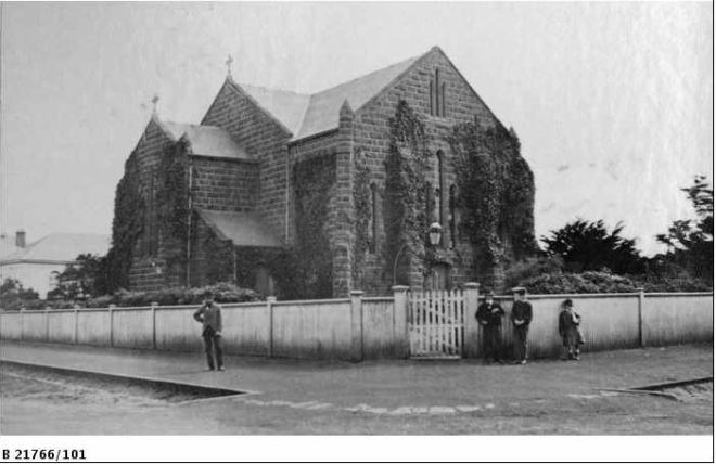 ST STEPHENS CHURCH, PORTLAND (c1880).  Image courtesy of the State Library of South Australia.  Image No.  B 21766/101 http://images.slsa.sa.gov.au/mpcimg/22000/B21766_101.htm