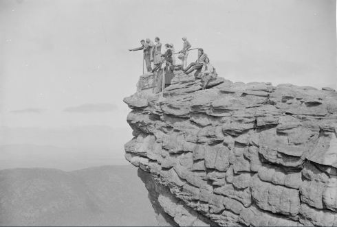 THE PINNACLE, HALLS GAP.  Image no. H91.50/1002  http://handle.slv.vic.gov.au/10381/97372