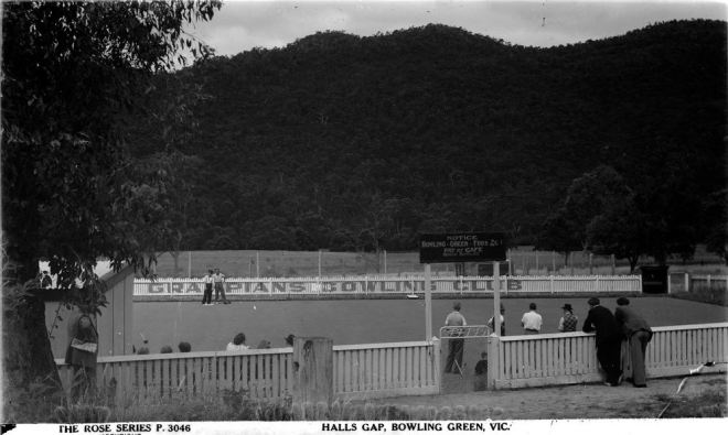 HALLS GAP BOWLS CLUB. Image courtesy of the State Library of Victoria.  Image no. H32492/4224 http://handle.slv.vic.gov.au/10381/62069