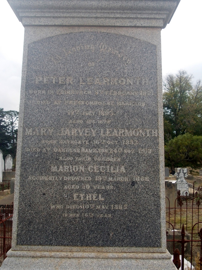 GRAVE OF PETER LEARMONTH, OLD HAMILTON CEMETERY.