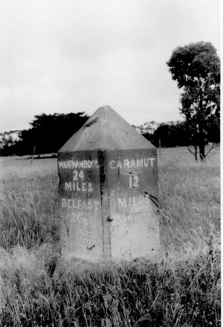 Image courtesy of the State Library of Victoria J.T.Collins collection.  Image no. H98.252/296 http://handle.slv.vic.gov.au/10381/235053