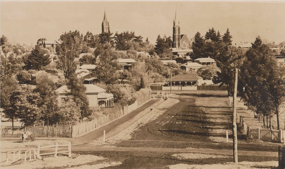 HAMILTON. Image Courtesy of the State Library of Victoria. Image no. H2014.76/18 http://handle.slv.vic.gov.au/10381/305964