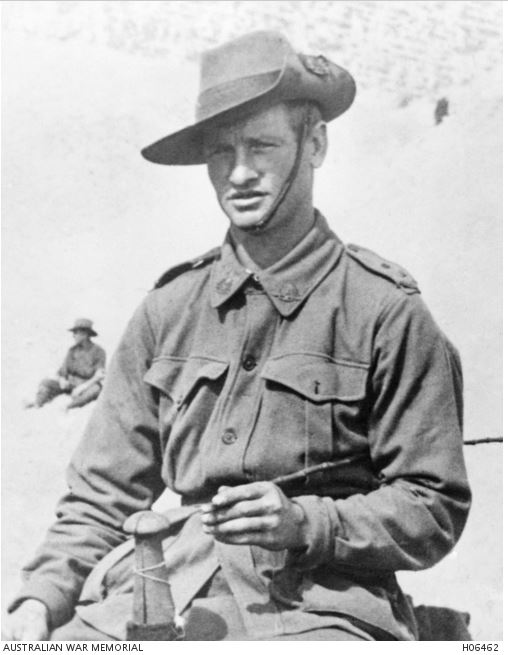 Charles Henry LINDSAY. Image courtesy of the Australian War Memorial. Image no, H06462 https://www.awm.gov.au/collection/H06462/
