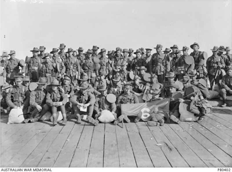 6th BATTALION, 20th REINFORCEMENT ABOUT TO BOARD THE HMAT EURIPIDES. Image courtesy of the Australian War Memorial. https://www.awm.gov.au/collection/PB0402/
