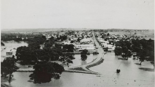 CASTERTON, 18 MARCH 1946. Image courtesy of the State Library of Victoria.http://handle.slv.vic.gov.au/10381/151401