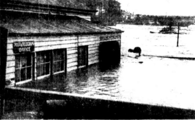"""WOODFORD POST OFFICE """"DISASTROUS FLOODS IN VICTORIA."""" Townsville Daily Bulletin (Qld. : 1907 - 1954) 21 March 1946: ."""