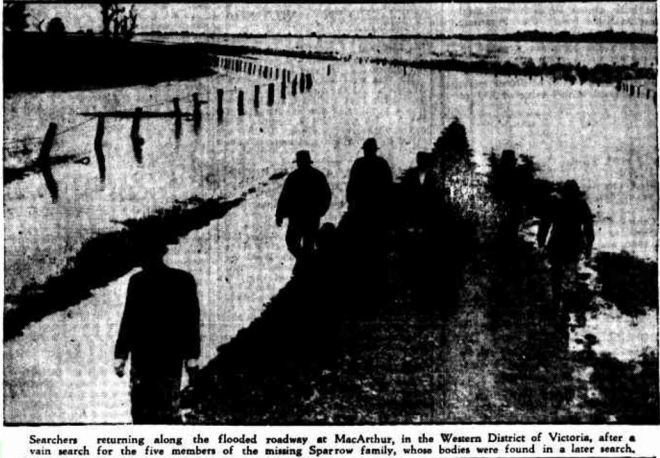 """""""SEARCH FOR FLOOD VICTIMS"""" Advocate (Burnie, Tas. : 1890 - 1954) 23 March 1946: ."""