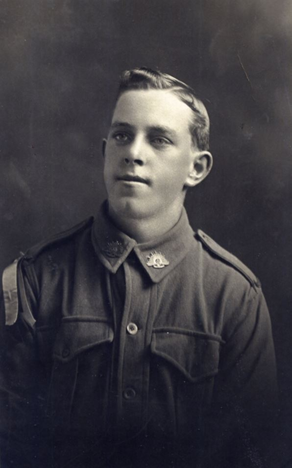 ROBERT JAMES TAYLOR. Image courtesy of the Australian War Memorial https://www.awm.gov.au/collection/P10789.005