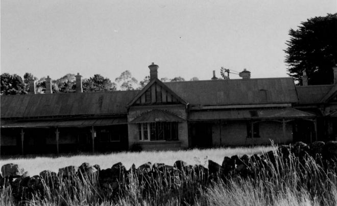 J.T. Collins Collection, La Trobe Picture Collection, State Library of Victoria. http://handle.slv.vic.gov.au/10381/233170