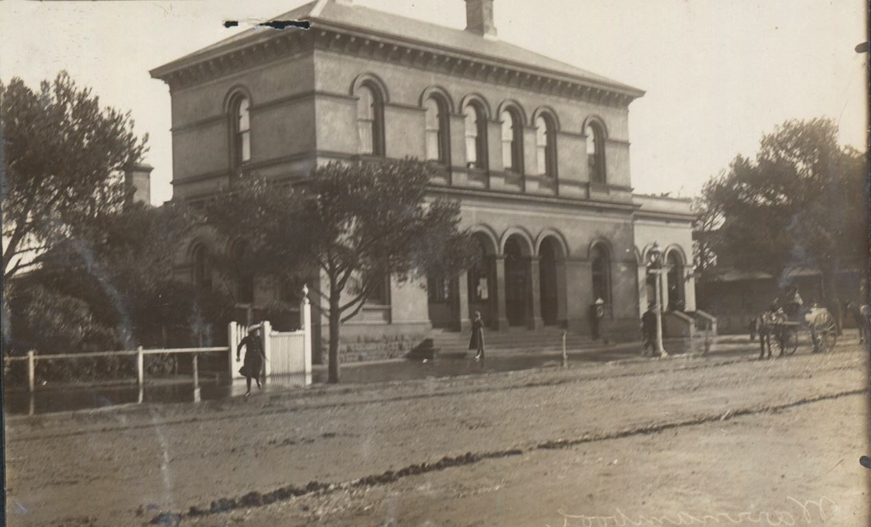 When the Earth Moved at Warrnambool – Western District Families