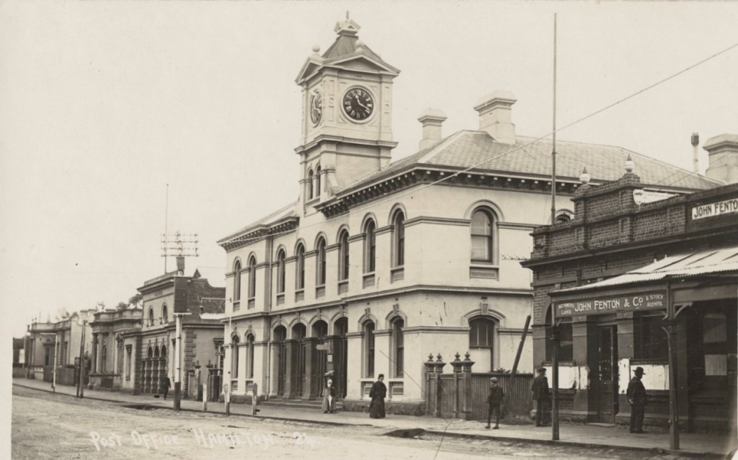 HAMILTON POST OFFICE. Image courtesy of the State Library of Victoria http://handle.slv.vic.gov.au/10381/399139